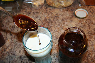 Chocolate Syrup: Rich & Delicious Recipe