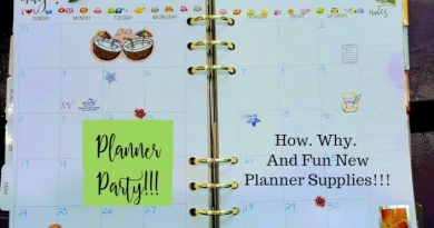 Planner Party & Writing Set Giveaway #addhappy @weareooly @CraftyZoo